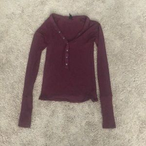 Ribbed maroon sweater